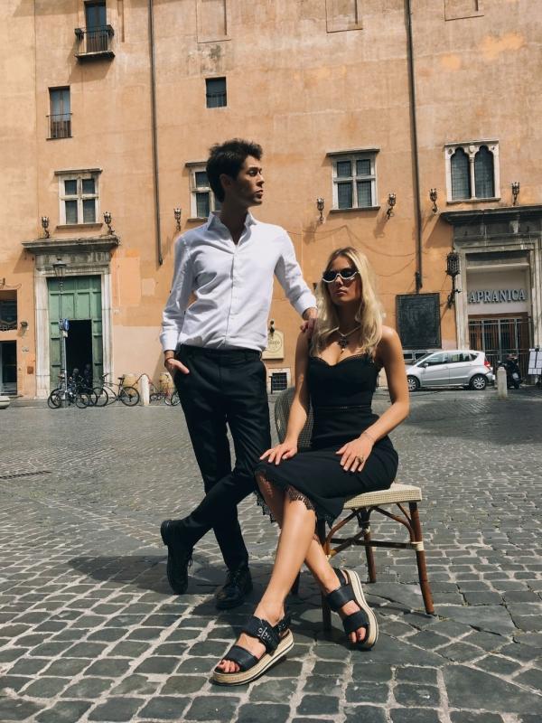 Марк Тишман и Юля Паршута: о невыносимой любви и жарком лете