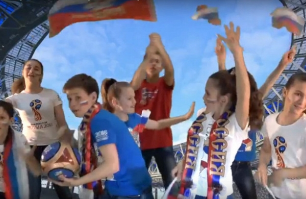 Детский ансамбль заявился на«Звезда FIFA FanFest» сгимном, выбранным читателями NN.ru
